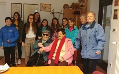 Obisk pri skupini starejših občanov