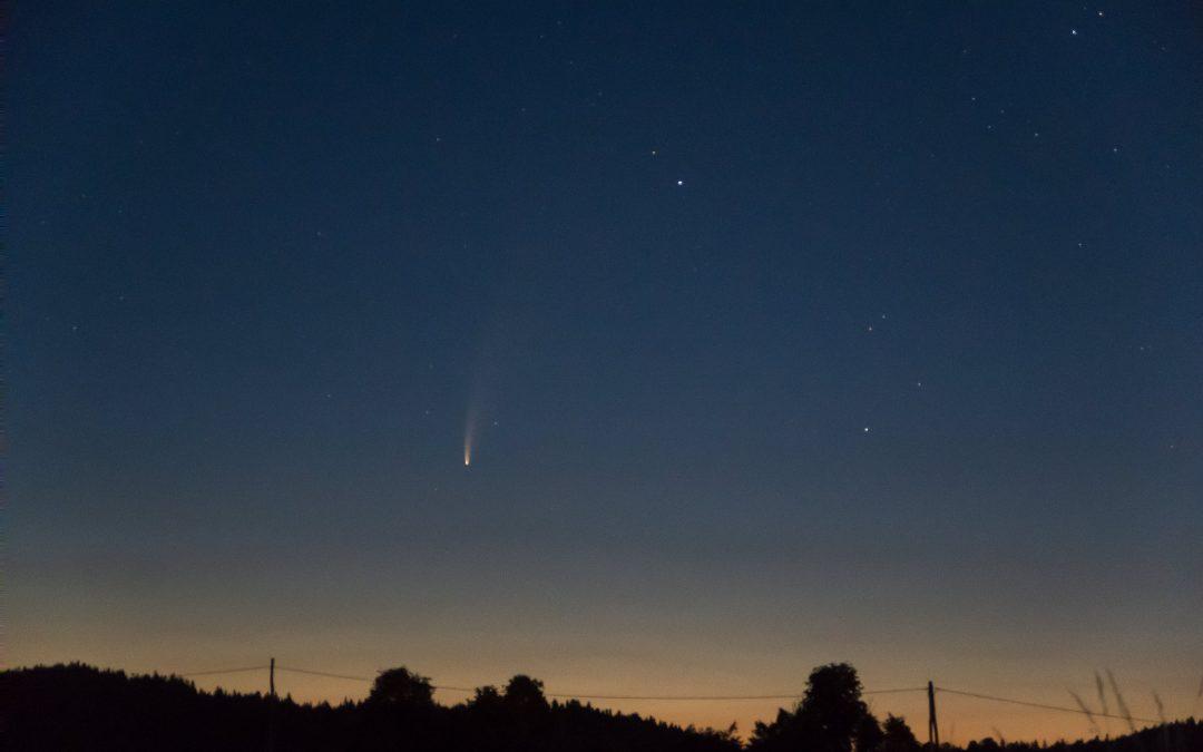 Komet C/2020 F3 (NEOWISE)